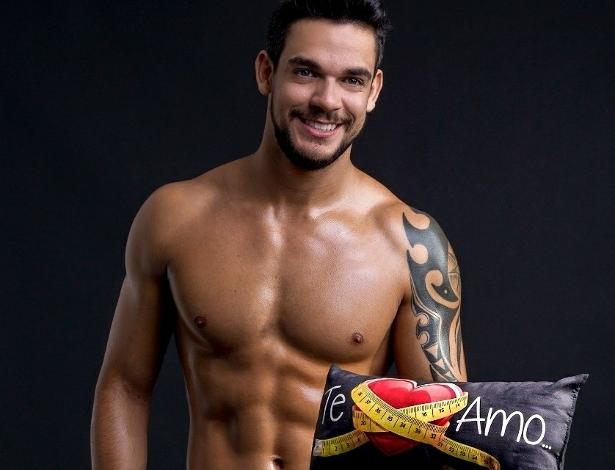 Filho de Carlinhos Aguiar, Caique Aguiar faz primeiro ensaio sensual