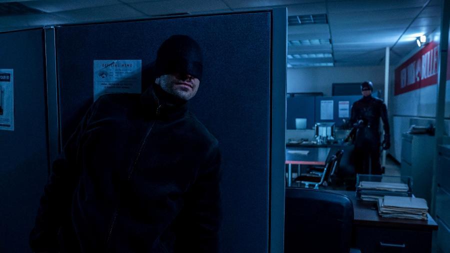 """Demolidor (Charlie Cox) e Mercenário (Wilson Bethel) em cena da terceira temporada de """"Demolidor"""" - David Lee/Netflix"""