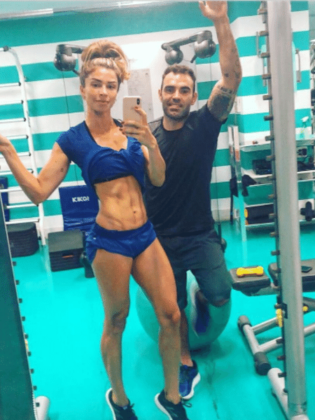 Grazi Massafera mostra barriga sarada em foto com Chico Salgado - Reprodução/Instagram