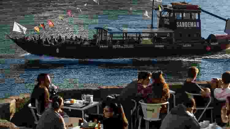 Restaurante às margens do Rio Douro  - Associação de Turismo do Porto e Norte - Associação de Turismo do Porto e Norte