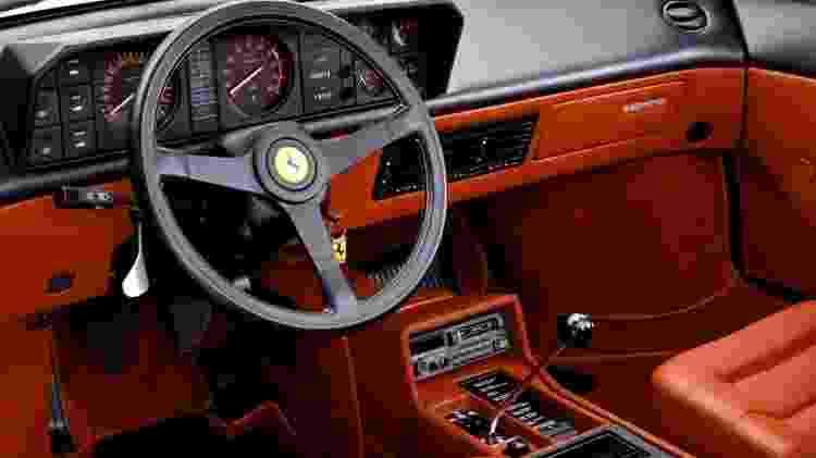 Ferrari 3.2 Mondial interior - Diivulgação - Diivulgação