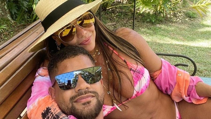 Viviane Araújo e Guilherme Militão, seu noivo - Reprodução/Instagram
