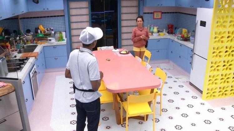 BBB 21: Lucas e Juliette conversaram na cozinha - Reprodução/Globoplay - Reprodução/Globoplay