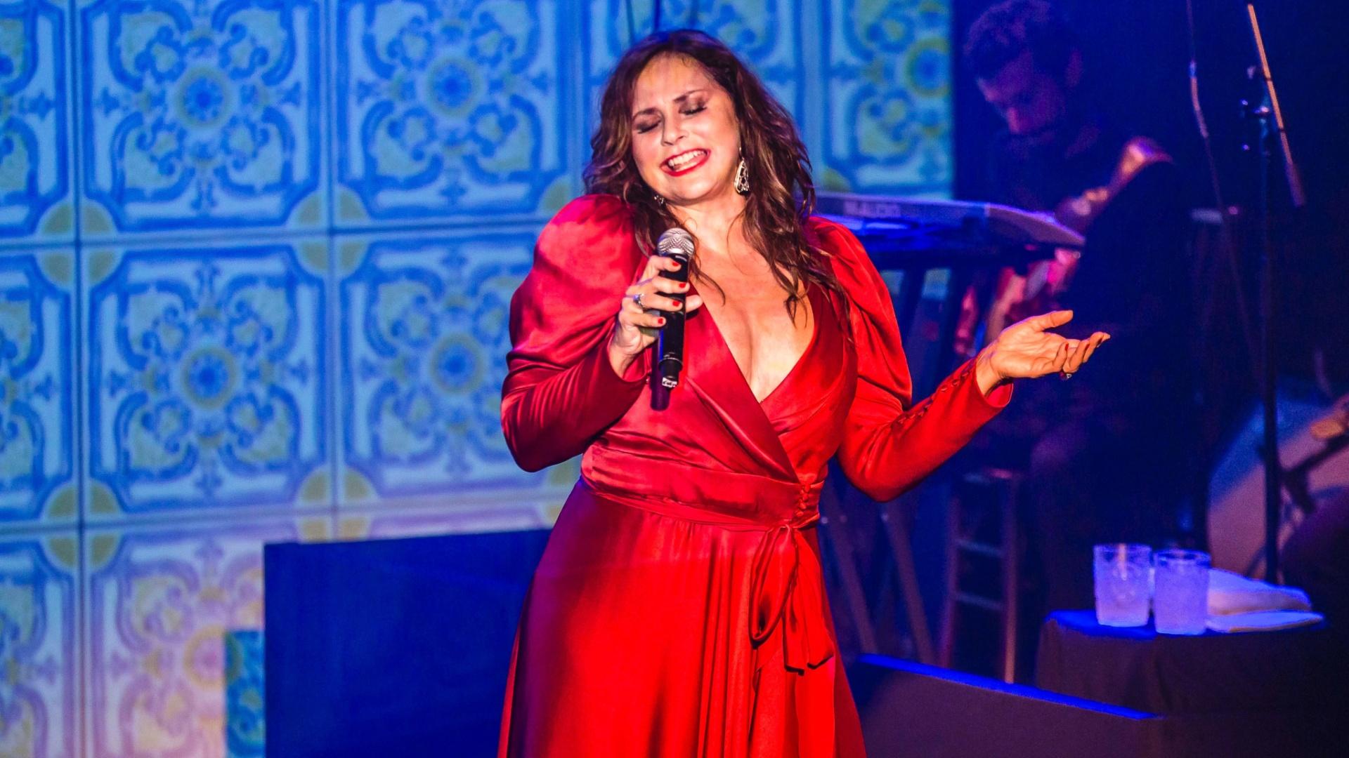 Fafá de Belém celebra 40 anos de carreira com shows no Teatro Itália, em São Paulo