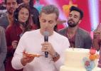 Aos 45 anos, Luciano Huck ganha festa surpresa de Angélica e Preta Gil - Reprodução/TV Globo