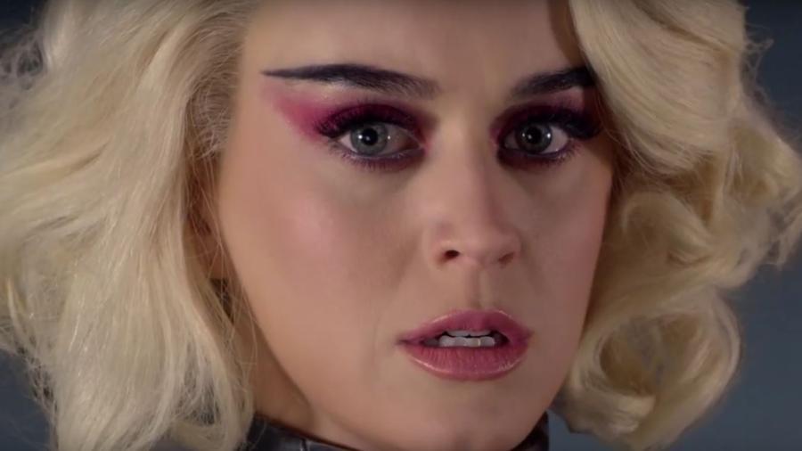 Katy Perry lançou nesta terça-feira (21) o clipe do single