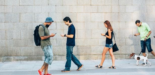 O mundo é viciado em celular, mas que tal deixar ele um pouco de lado?