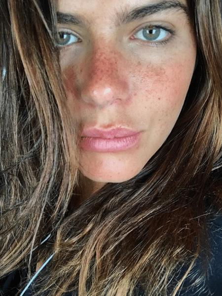 Mariana Goldfarb mostra o rosto ao natural - Reprodução/Instagtam