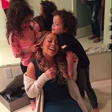 Moroccan e Monroe brincam com a mãe, Mariah Carey - Reprodução/Instagram