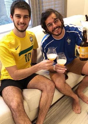 Tulio Gadêlha publicou foto ao lado de Vinicius, seu enteado, no Instagram