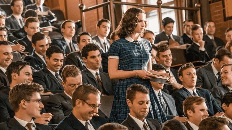 """Felicity Jones em cena de """"Suprema"""" - Reprodução - Reprodução"""