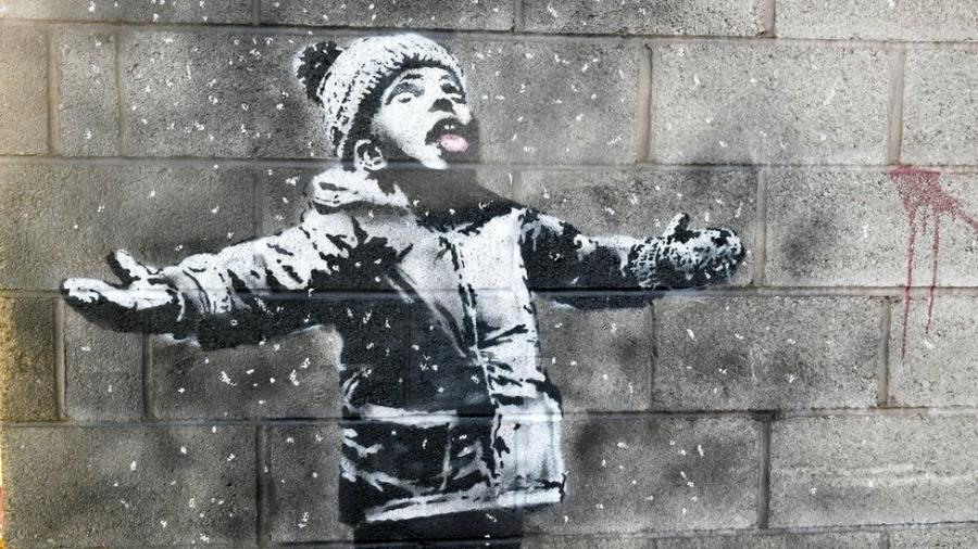 Obra feita por Banksy que vem atrapalhando a vida do dono da casa  - PA