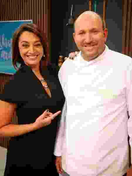 Cozinheiro Bruno Coutinho com a apresentadora Cátia Fonseca - Reprodução/Instagram