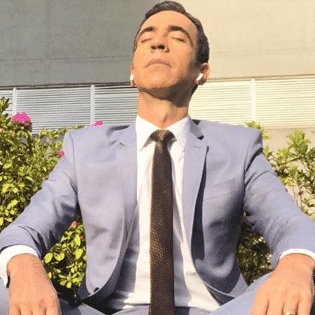 Cesar Tralli pega sol - Reprodução/Instagram - Reprodução/Instagram