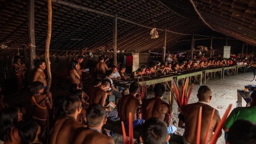 """Os Yanomami e Ye""""kuana no encontro de Lideranças Yanomami e Ye""""kuana, onde os indígenas se manifestaram contra o garimpo em suas terras. O primeiro fórum de lideranças da TI Yanomami foi realizado entre 20 e 23 de novembro de 2019 na Comunidade Watoriki, região do Demini, Terra Indígena Yanomami - Victor Moriyama / ISA/Victor Moriyama / ISA"""
