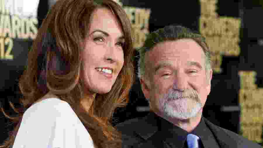 28.04.2012 - Robin Williams com a mulher, Susan Schneider-Williams, no The Comedy Awards, em Nova York (EUA) - Gilbert Carrasquillo/FilmMagic