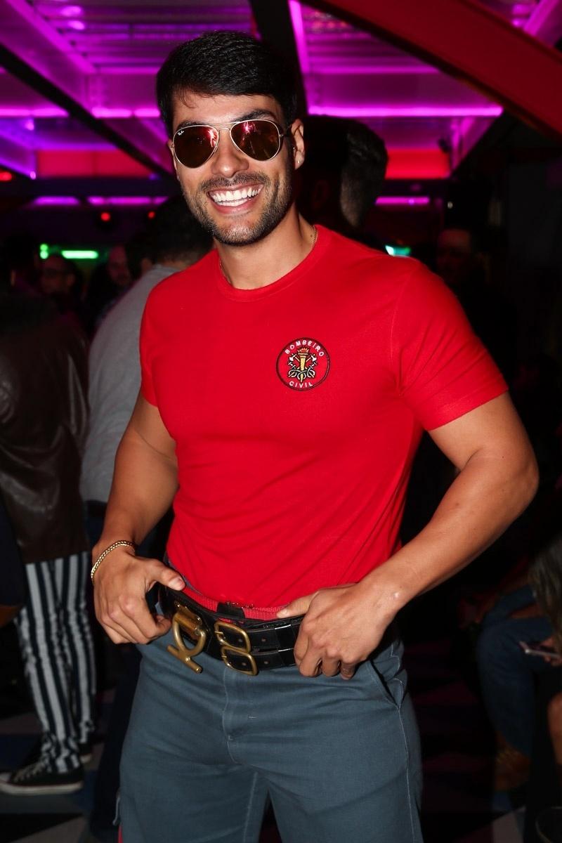 Bruno Camargo, o bombeiro do programa