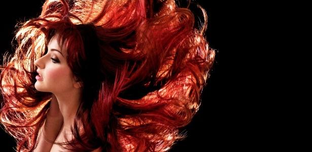 Cabelo colorido precisa de cuidados e manutenção; saiba como evitar o desbotamento e deixar a cor mais bonita - iStock Images