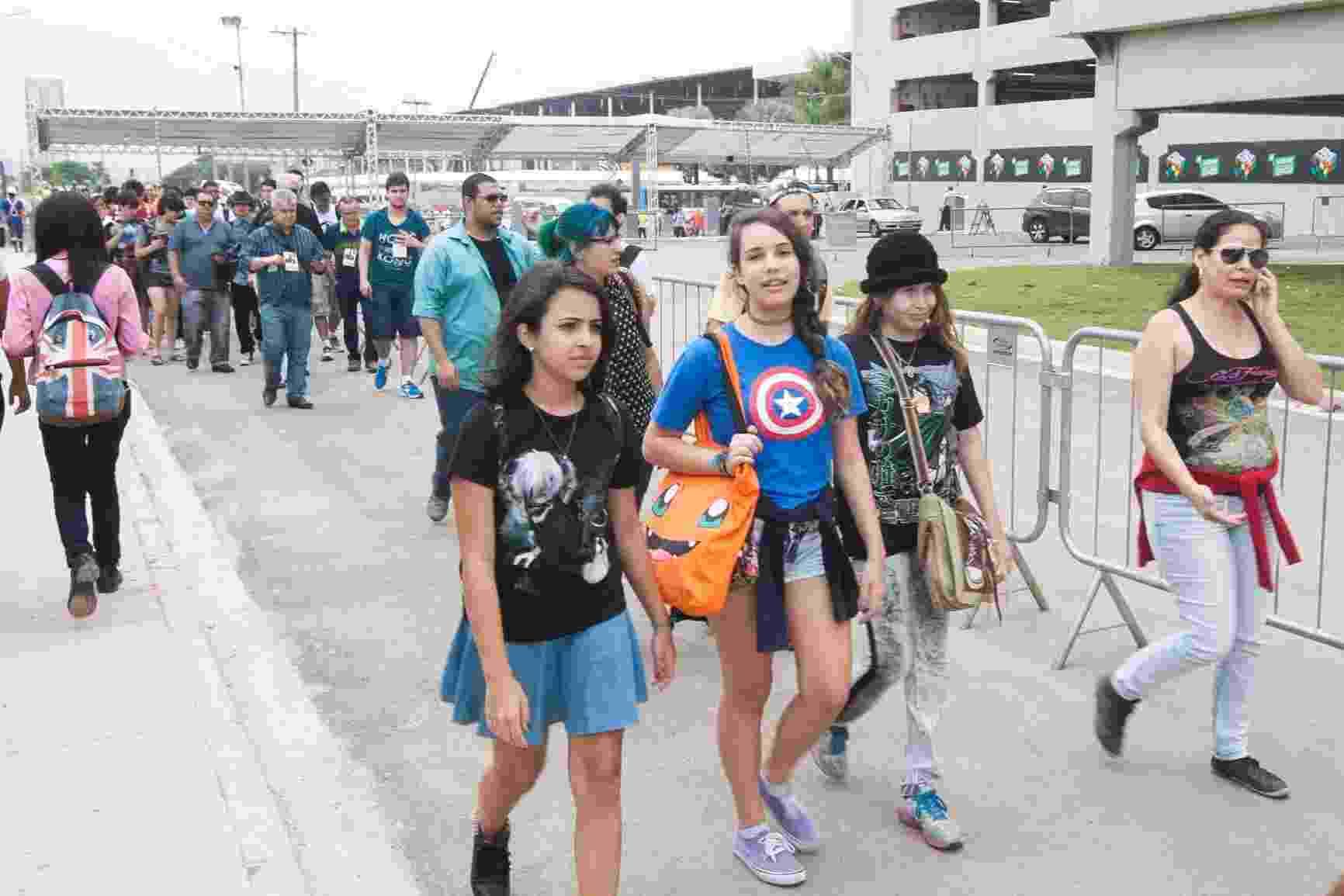 3.dez.2015 - Público começa a chegar para a Comic Con Experience 2015, no Centro de Exposições São Paulo Expo - Lucas Lima/UOL