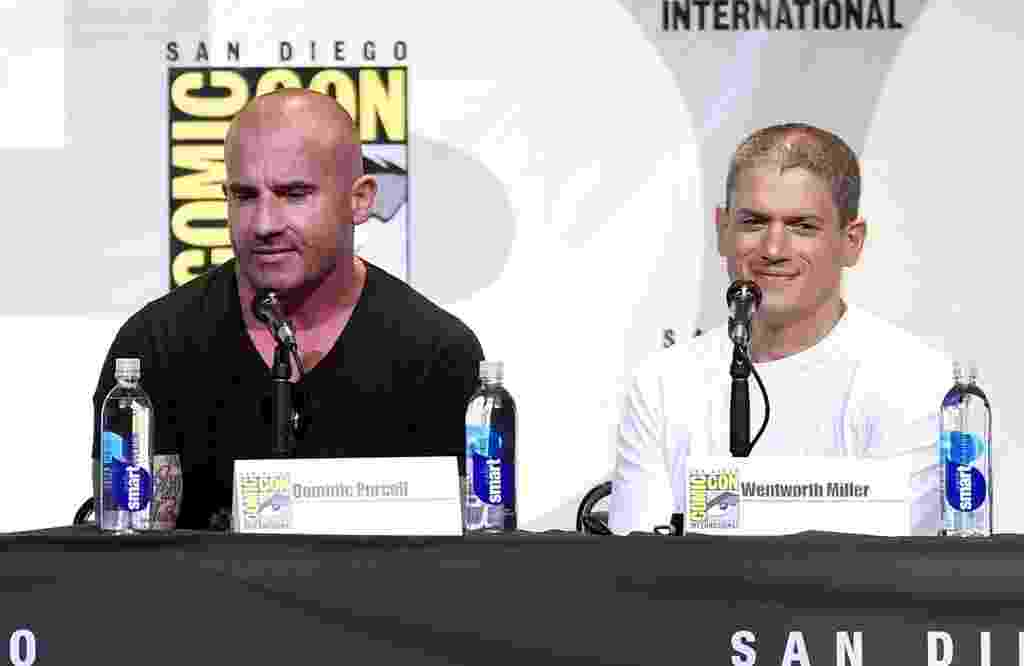 "24.jul.2016 - Dominic Purcell e Wentworth Miller no painel de ""Prison Break"" na San Diego Comic-Con - Kevin Winter/Getty Images/AFP"