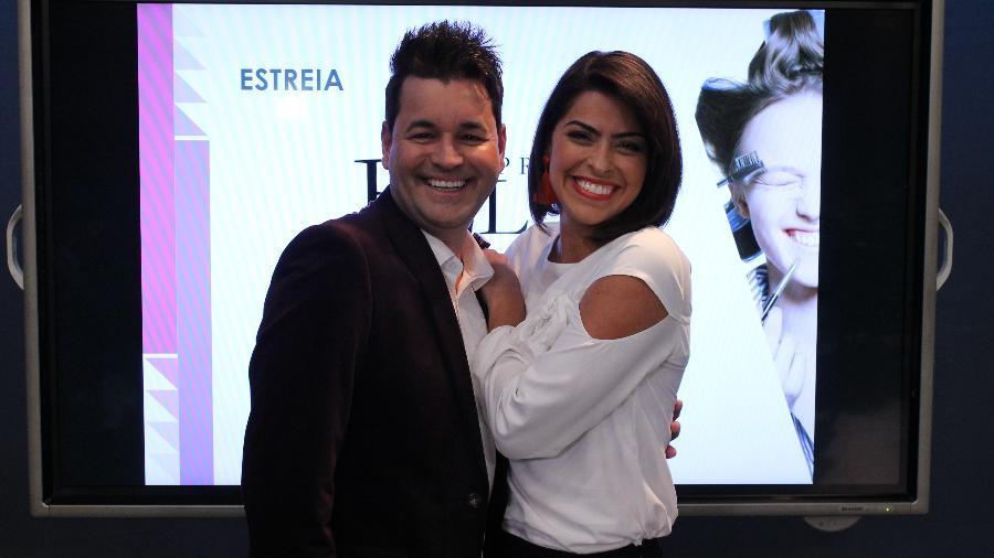 A apresentadora Marisy Idalino e o hair stylist Sylvio Rezende - Divulgação