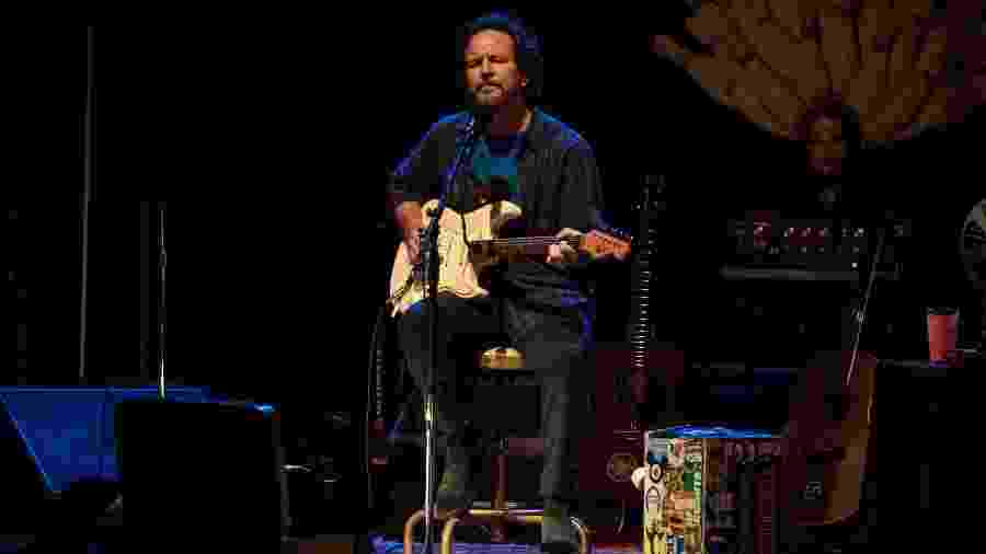 Depois de tocar com o Pearl Jam no Lollapalooza, Eddie Vedder faz apresentação solo em São Paulo - Simon Plestenjak/UOL