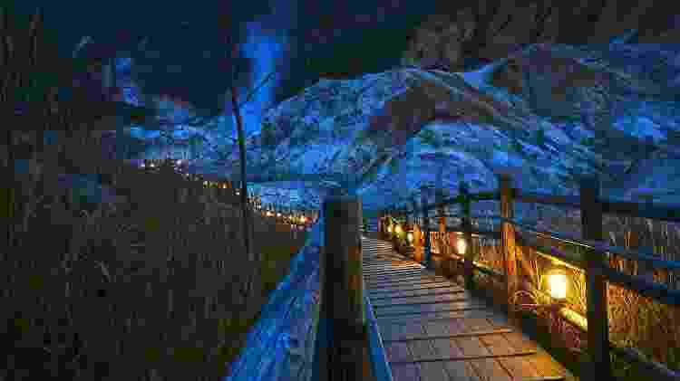 """Cenário da """"onsen"""" de Noboribetsu, na ilha japonesa de Hokkaido - 663highland/creativecommons.org/licenses/by-sa/3.0/deed.en"""