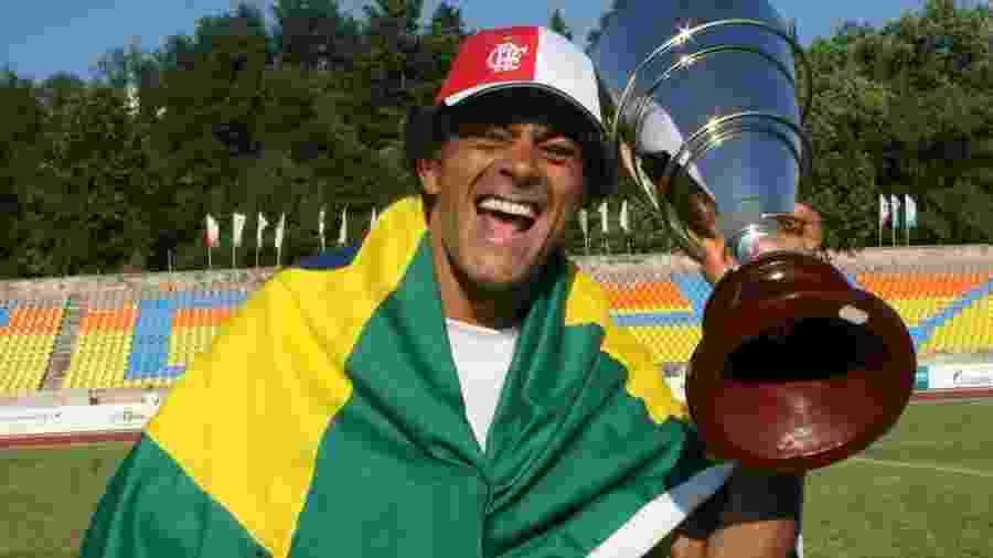 Seleção brasileira com famosos vence equipe de Camarões na Copa de artistas na Rússia em 2007 - Cleomir Tavares/Divulgação