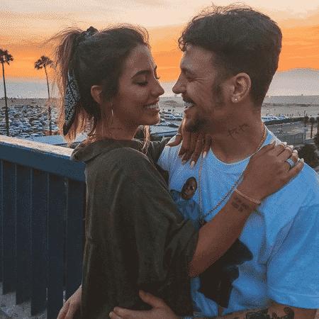 Gabi Brandt e o cantor Saulo Poncio estão noivos - Reprodução/Instagram - Reprodução/Instagram