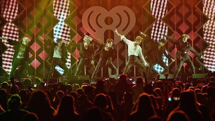 O grupo de k-pop Monsta X se apresenta em um festival na Philadelphia, nos Estados Unidos - Mike Pont/Getty Images for iHeartMedia