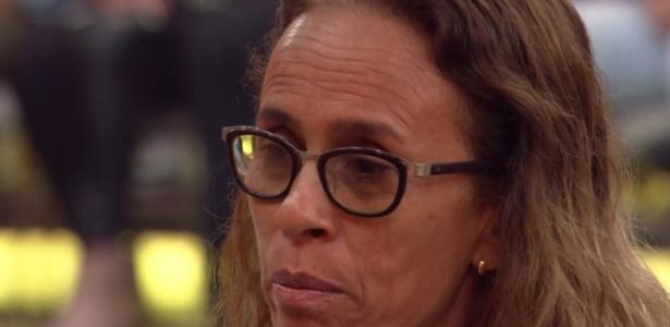 Entrevista na TV | Ela falou que ia fazer, mas não levei fé, diz mãe de blogueira morta