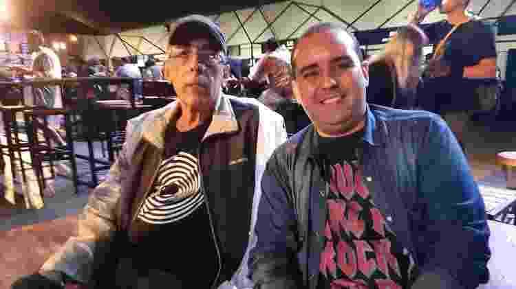 Rock in rio  Ilmar Costa, 67, e Leonardo Costa, 41, webdesigner - Leonardo Rodrigues/UOL - Leonardo Rodrigues/UOL