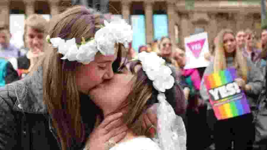 Atitude em relação à homossexualidade está mudando em vários países, o que pode abrir caminho para discussões mais abertas sobre sexo em geral - Getty Images