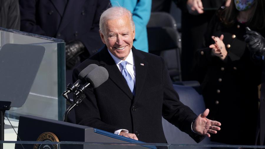 Bolsas mundiais registram alta com posse de Biden como presidente dos EUA - Alex Wong/Getty Images