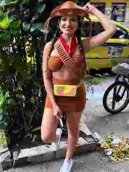 Juliette fantasiada de Maria Bonita para bloco de carnaval - Arquivo Pessoal - Arquivo Pessoal