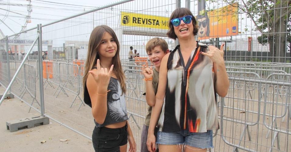 26.set.2015 - Maria Paula chega para o sexto dia de Rock in Rio com os filhos Felipe e Maria Luiza