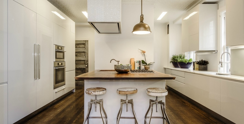 Veja Ideias Bacanas Para Construir Ou Reformar A Cozinha De Casa  ~ Banqueta Inox Para Cozinha Acozinha Com Cooktop Branco