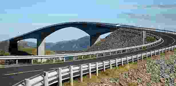 Vista de outro ângulo, a ponte não é tão ameaçadora assim - Iwoelbern/Creative Commons - Iwoelbern/Creative Commons