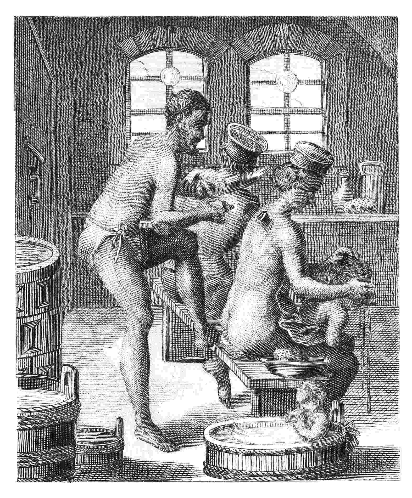 A ideia do banho coletivo como algo prazeroso entrou em declínio quando o cristianismo se expandiu. Na Europa da Idade Média tomar banho era um ato de luxúria. Por isso, a higiene pessoal era feita com panos úmidos, sempre em ambiente privado e raramente todos os dias. Nas casas mais abastadas havia banhos de tina, mas era comum que a família inteira se limpasse com a mesma água - Getty Images
