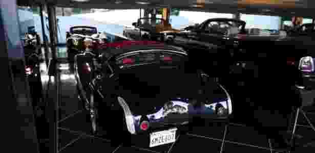 Mansão de Notch - garagem - Reprodução - Reprodução