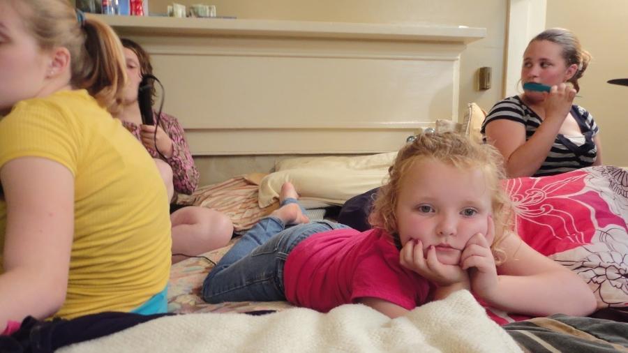 """A miniatriz e modelo Alana em cena de """"Here Comes Honey Boo Boo"""", do canal TLC - Reprodução"""