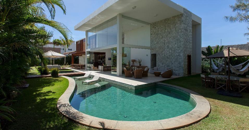 Ver o chegou veja 13 casas de praia brasileiras de cair for Projeto x piscina