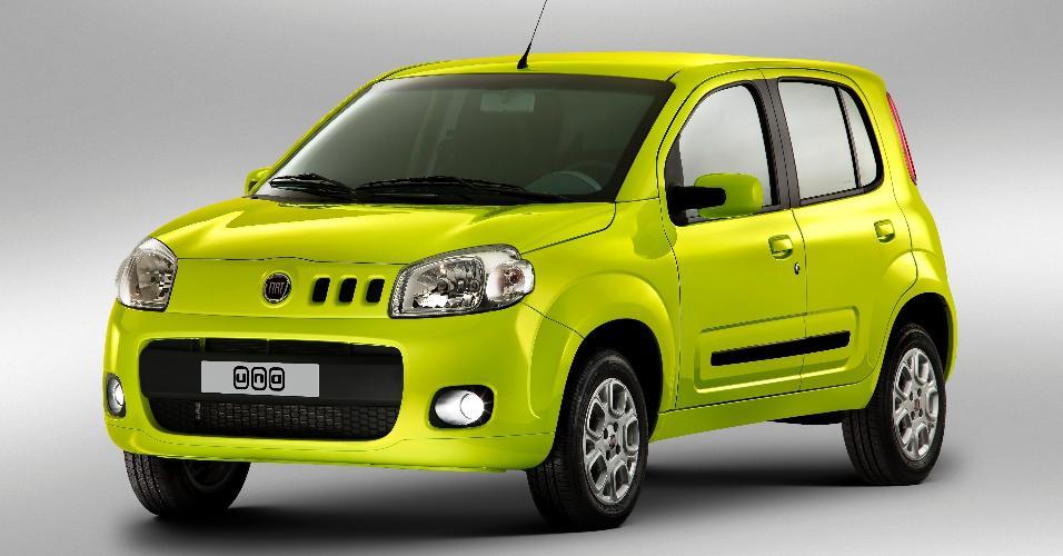 Novo Fiat Uno Attractive, lançado em 2012