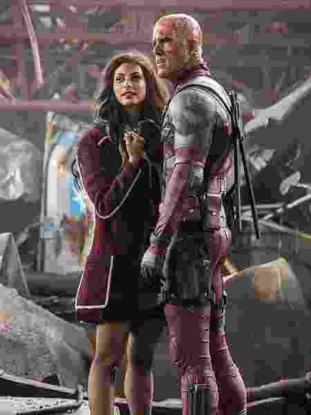 """Morena e Ryan Reynolds em cena de """"Deadpool"""" - Divulgação"""