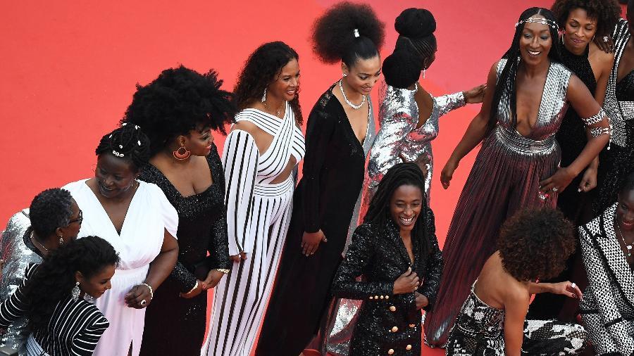 As atrizes negras Aïssa Maïga, Eye Haidara, Sonia Rolland, Firmine Richard e outras protestam no Festival de Cannes 2018 - AFP/Anne-Christine