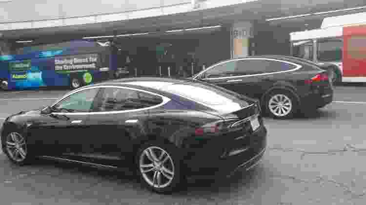 Tesla como táxis executivos: cena comum em Los Angeles - Vitor Matsubara/UOL
