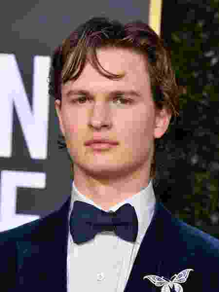 Ansel Elgort no Globo de Ouro 2020 - Getty Images