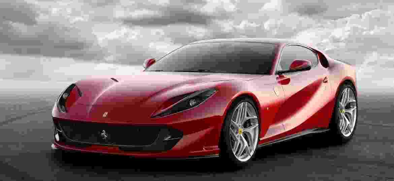 Ferrari 812 Superfast, com seu motor V12 de 6,5 litros, é o carro avaliado pelo Inmetro com o maior consumo do País: 6 km/l na estrada - Divulgação