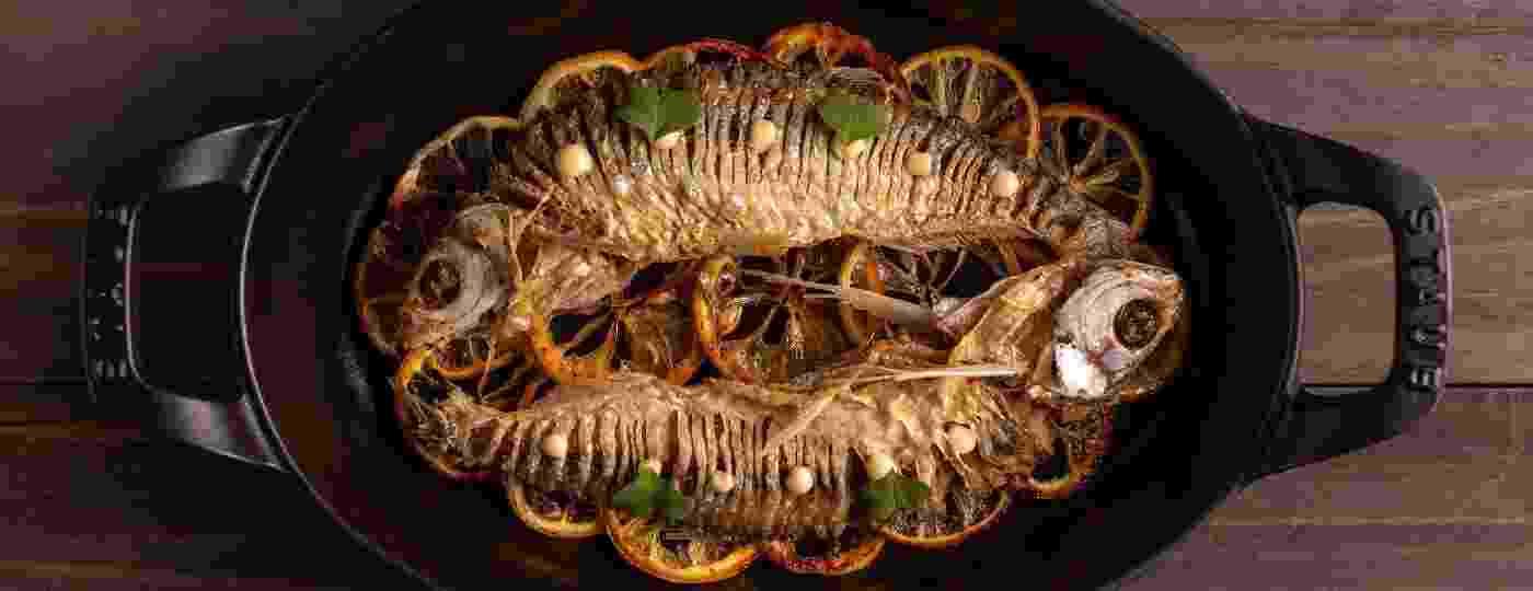 Sardinha de rio ticada, prato criado pelo chef Felipe Schaedler, do restaurante Banzeiro, um dos principais difusores da culinária e ingredientes amazônicos - Divulgação
