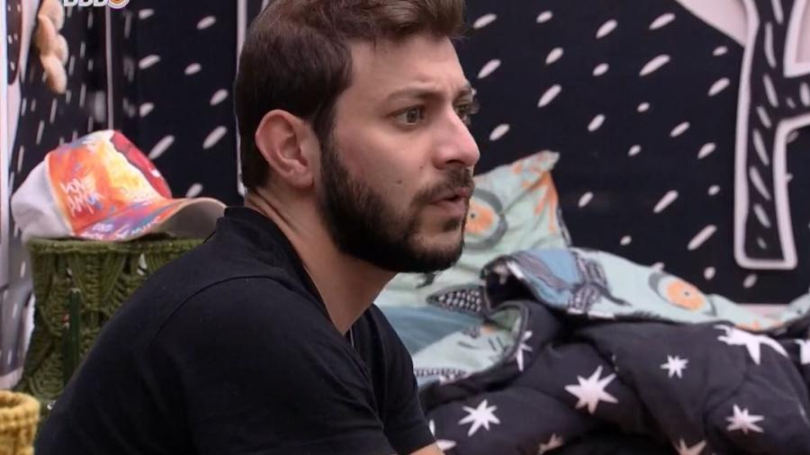 BBB 21: Caio critica mau homor de Fiuk em conversa com Viih e Gil - Reprodução/ Globoplay
